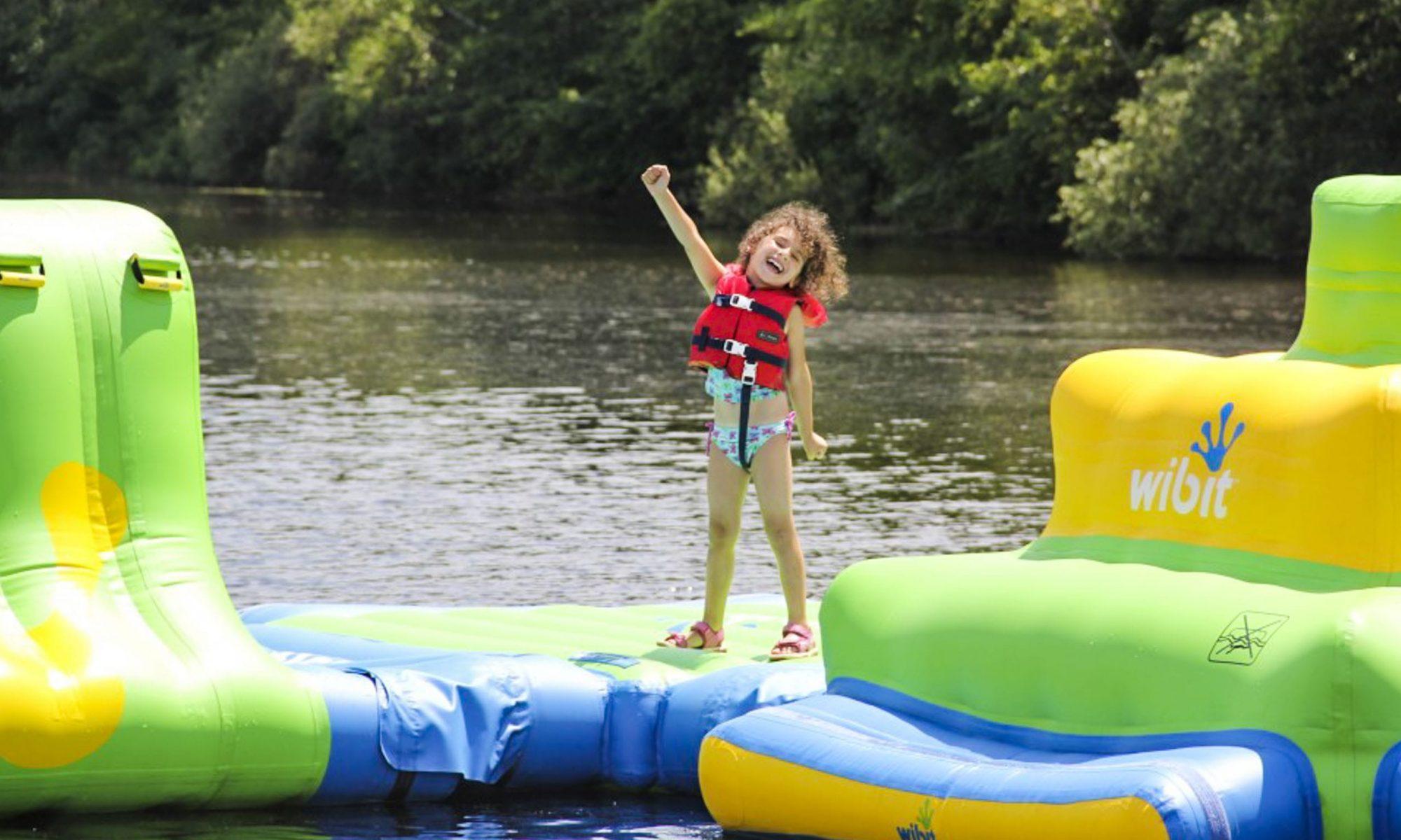 Girl on Wibit during swim activity